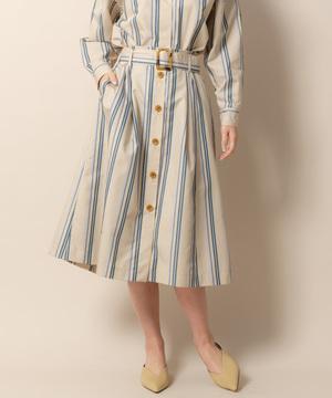 芸能人がミラー・ツインズで着用した衣装スカート