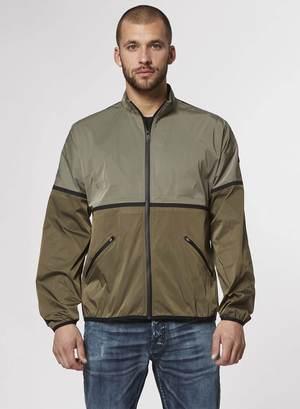 芸能人がミラー・ツインズで着用した衣装ジャケット