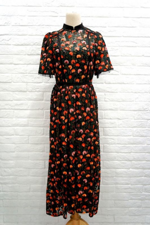 LOKITHOのFLOWER EMBROIDERY DRESS