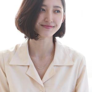 芸能人が東京二十三区女で着用した衣装ネックレス
