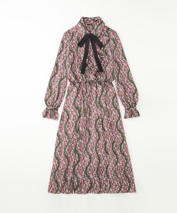芸能人がぴったんこカン・カンで着用した衣装ワンピース