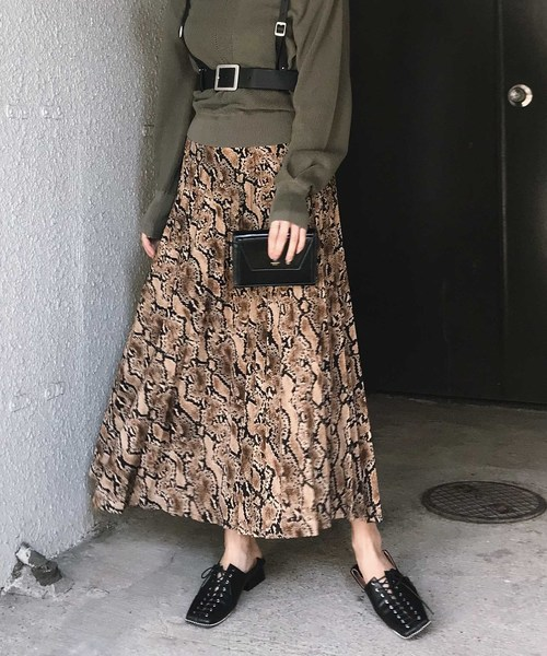 AMERI VINTAGEのPYTHON PLEATS SKIRT