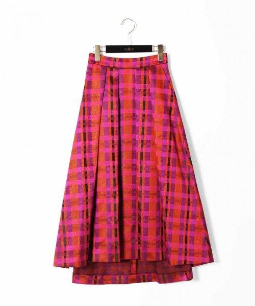 芸能人が踊る!さんま御殿!!で着用した衣装スカート、ニット