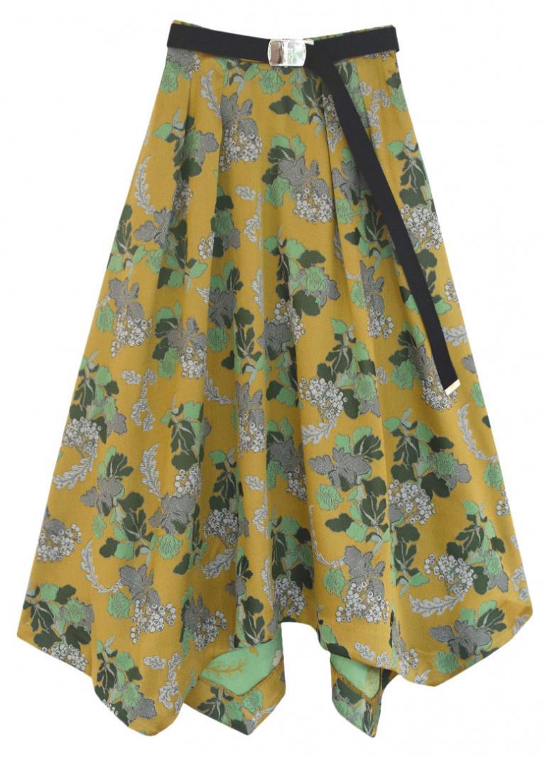 芸能人がメレンゲの気持ちで着用した衣装スカート、シューズ