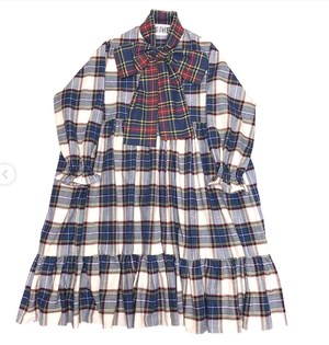 芸能人が乃木坂46生写真で着用した衣装ワンピース/ストール