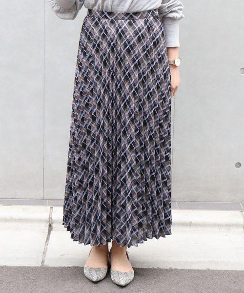 TONALのチェックプリーツスカート
