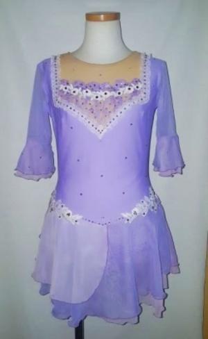 芸能人が執事 西園寺の名推理 2で着用した衣装ワンピース