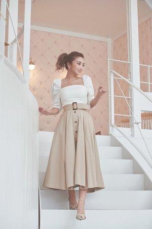 芸能人がしゃべくりで着用した衣装スカート