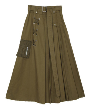 芸能人が東京独身男子で着用した衣装スカート