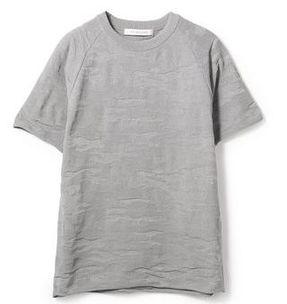 芸能人が嵐にしやがれで着用した衣装ニット、シャツ