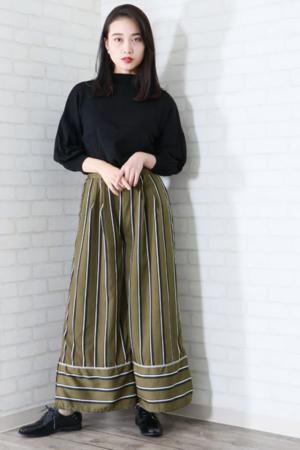 芸能人がWの悲喜劇 〜日本一過激なオンナのニュース〜で着用した衣装パンツ