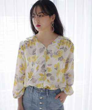 LADYMADEのMellow Flowerパイピングシャツ