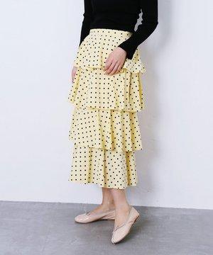 芸能人がInstagramで着用した衣装Tシャツ・カットソー/スカート/シューズ・サンダル