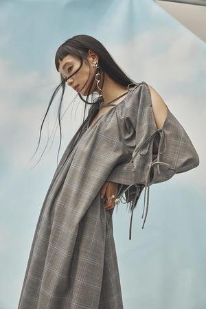 芸能人がアンビリバボーで着用した衣装ワンピース