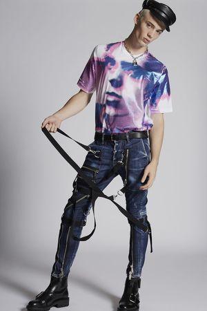 芸能人がAAAで着用した衣装パンツ