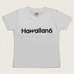 芸能人がInstagramで着用した衣装Tシャツ・カットソー/スカート