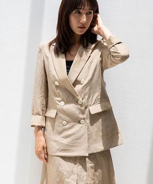 芸能人が凪のお暇で着用した衣装ジャケット