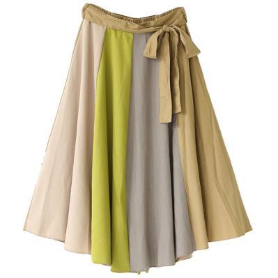 芸能人がメレンゲの気持ちで着用した衣装ブラウス、スカート