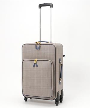 芸能人がHeaven?~ご苦楽レストラン~で着用した衣装スーツケース