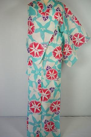 芸能人が隅田川花火大会で着用した衣装浴衣