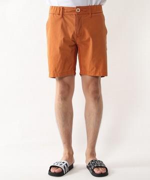 芸能人が凪のお暇で着用した衣装パンツ