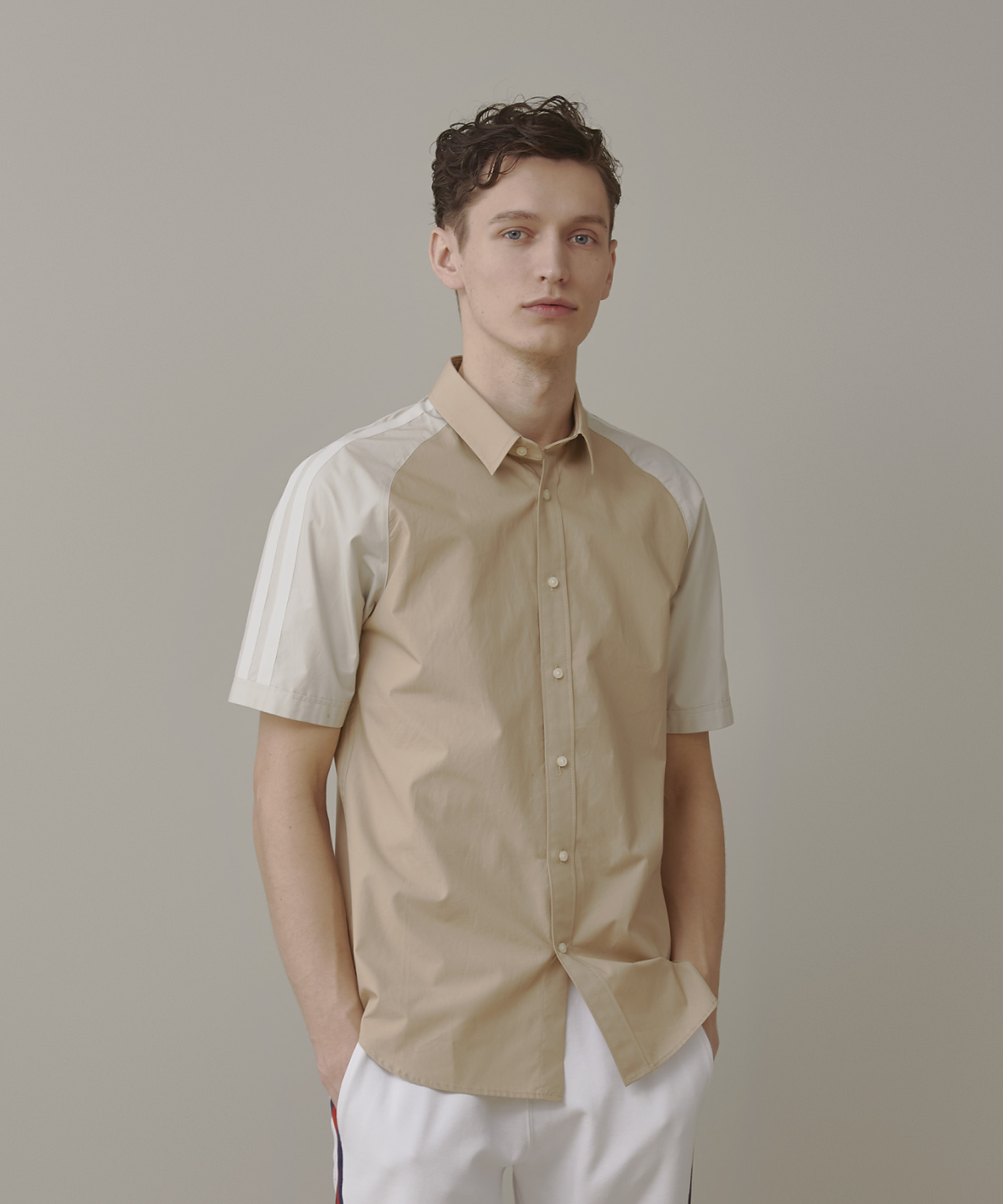 芸能人が嵐にしやがれで着用した衣装シャツ / ブラウス