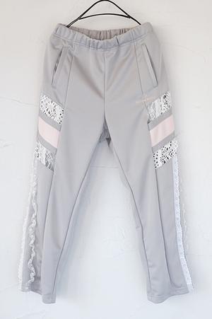 芸能人がセミオトコで着用した衣装パンツ