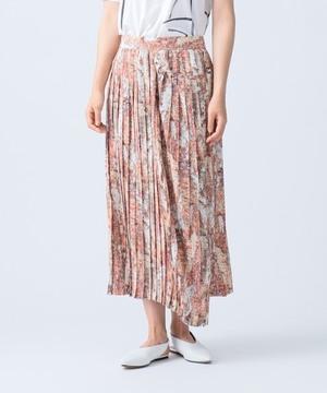 芸能人がアナザースカイで着用した衣装スカート、ブラウス