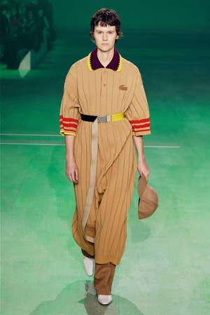 芸能人がおしゃれイズムで着用した衣装ワンピース