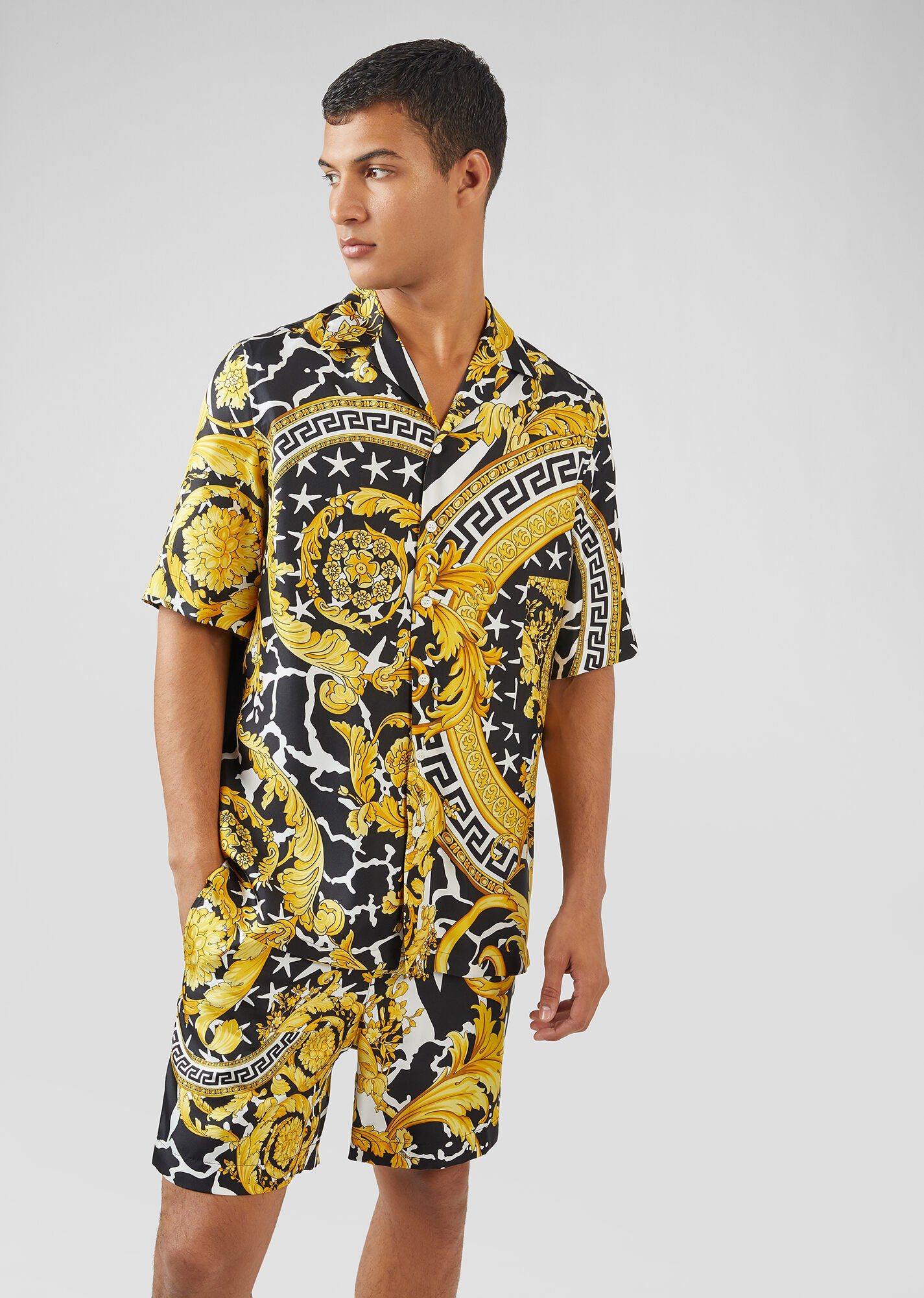 芸能人がa-nationで着用した衣装シャツ / ブラウス