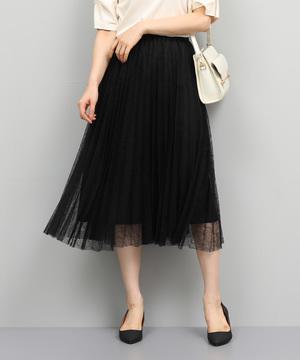 芸能人がinsで着用した衣装スカート