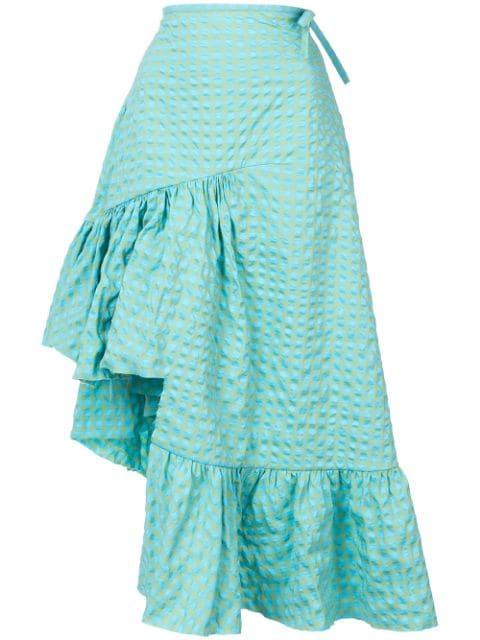 芸能人が火曜サプライズで着用した衣装スカート、カットソー