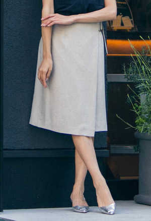 芸能人がノーサイド・ゲームで着用した衣装スカート