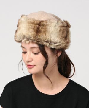 芸能人がスタートアップ・ガールズで着用した衣装帽子