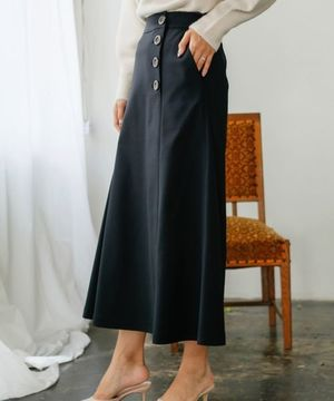 芸能人が監察医 朝顔 2019で着用した衣装スカート