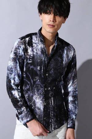 芸能人がべしゃり暮らしで着用した衣装シャツ