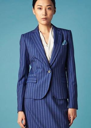 芸能人がサイン-法医学者 柚木貴志の事件-で着用した衣装ジャケット