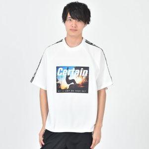 芸能人がI'm just meで着用した衣装Tシャツ・カットソー