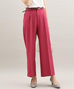 芸能人が9/23(月)ノンストップで着用した衣装ピンクのワイドパンツ