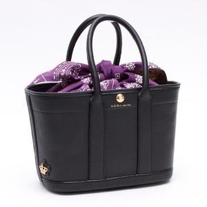芸能人がオトナの土ドラ「リカ」で着用した衣装バッグ