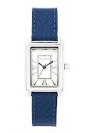 芸能人がシャーロックで着用した衣装時計