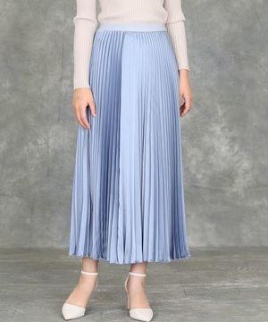 芸能人が同期のサクラで着用した衣装スカート