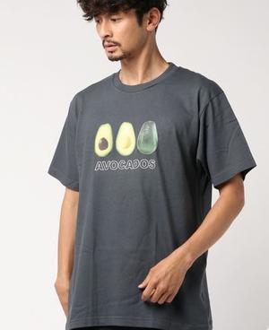 芸能人がモトカレマニアで着用した衣装Tシャツ