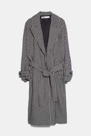 芸能人がwithで着用した衣装コート