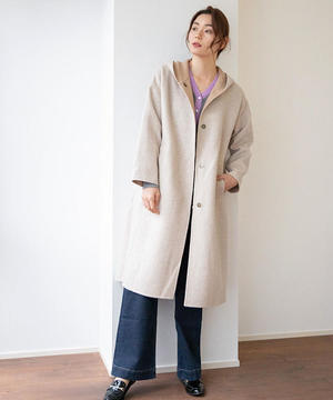 芸能人が同期のサクラで着用した衣装コート