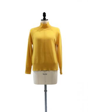 芸能人がサンデーLIVE‼︎で着用した衣装ニット/セーター