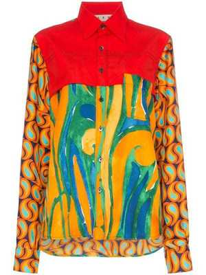 芸能人がドラマアウォードで着用した衣装ブラウス/スカート/ワンピース
