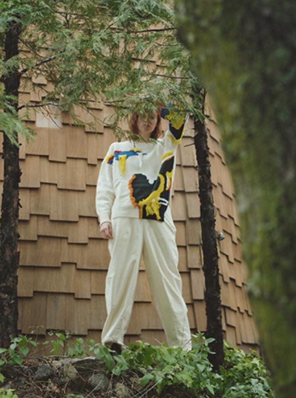 芸能人が王様のブランチで着用した衣装ニット