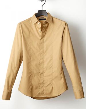 芸能人がアパレルデザイナーで着用した衣装シャツ/ブラウス