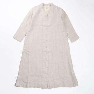 芸能人がアパレルデザイナーで着用した衣装ワンピース